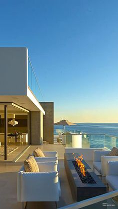 Contemporary beach house with balcony overlooking the ocean . - Contemporary beach house with balcony overlooking the ocean - Outdoor Spaces, Outdoor Living, Outdoor Decor, Contemporary Beach House, House With Balcony, Crazy Houses, Beachfront House, Dream Beach Houses, Modern Beach Houses
