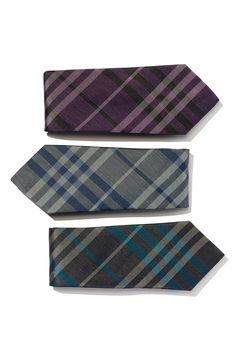 A great tie can create a great suit | Classic Burberry check tie