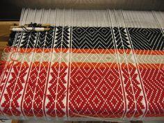 Weaving | The New Swedish Knot