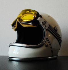 www.lord-biker.fr : Parfait pour la prochaine édition de la DGR ! #dgr #casque #distinguishedgentleman #vintage
