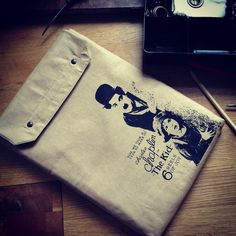 13 inch MacBook PRO  sleeve Chaplin von ThingsYouWear auf DaWanda.com