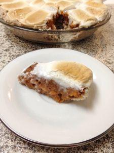 Candied Sweet Potato Pie with Homemade Bob's Red Mill GF Pie Crust. Vegan, Gluten Free and Sugar Free. Candied Sweet Potatoes, Apple Muffins, Bobs Red Mill, Nov 21, Potato Pie, Vegan Gluten Free, Sugar Free, Vegetarian, Homemade