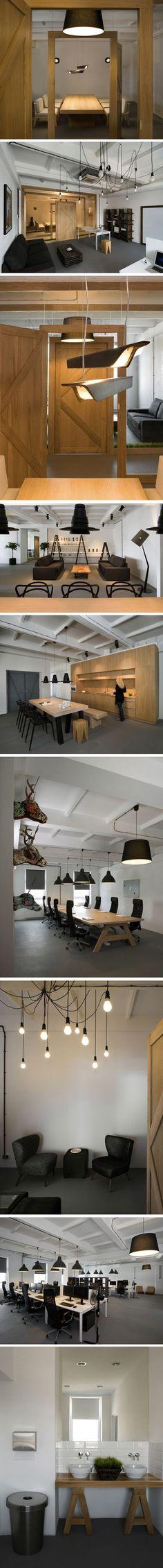 Lieu désaffecté et bois recyclé Voici les nouveaux bureaux de l'agence de pub Pride&Glory Interactive à Cracovie conçus tout spécialement par les desig