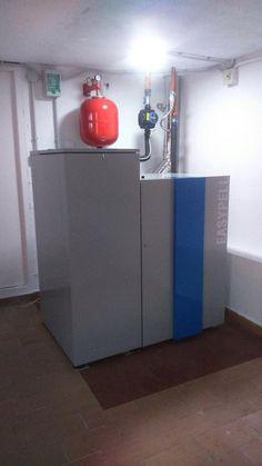 caldera de pellet con depósito de 160 kilos, solo se limpia una vez al año, comodidad al máximo