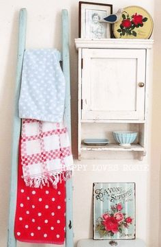Bathroom Decor: Vintage Bathroom Decor & Ladder Towel Rack