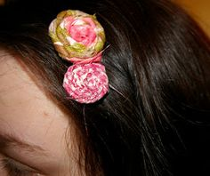 Eye Spy DIY!: DIY Rosette Hair Pins
