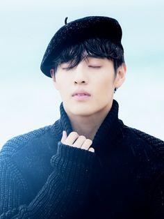 Additional Spreads Of Kang Ha Neul From High Cut's Vol. Hot Korean Guys, Hot Asian Men, Korean Men, High Cut Korea, Kang Haneul, Playful Kiss, Handsome Korean Actors, Stylish Boys, Korean Star