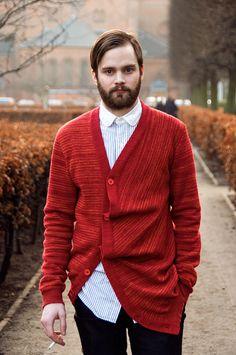 #Copenhagen #Streetstyle #Mensstyle #Menswear #MONOBI #Knitwear Sharp Dressed Man, Well Dressed Men, Mens Trends, Gentleman Style, New Wardrobe, Business Fashion, Dapper, Men Dress, Men Sweater