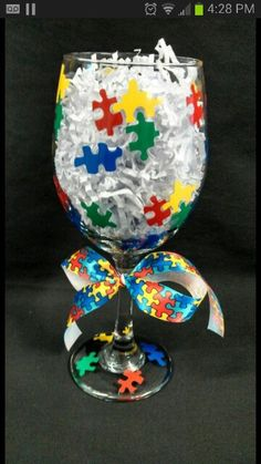 DIY puzzle piece wine glass Puzzle Piece Crafts, Puzzle Pieces, Autism Awareness Crafts, Autism Crafts, Decorated Wine Glasses, Hand Painted Wine Glasses, Wine Glass Crafts, Wine Bottle Crafts, Party