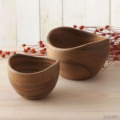 Acacia Contour Bowls | Sustainably harvested acacia wood is carved and sanded to a smooth finish to create these bowls. serrv.org