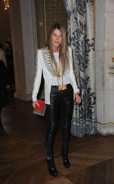 Anna dello Russo Photo - Celebs at Paris Fashion Week