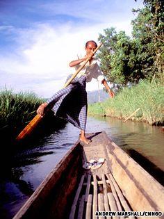 Myanmar's leg rowers of Inle Lake