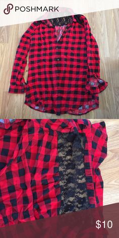 BONGO Plaid Button Up Long Sleeve Great condition! Super cute red and black plaid. Back has black lace at the top. No missing buttons. 100% Rayon ✨I'm always open to offers✨ BONGO Tops Button Down Shirts