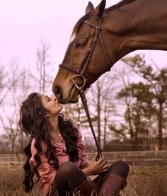 Kiss kiss. Girls and their horses