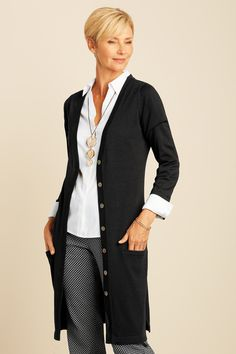 Best Fashion Tips For Women Over 60 - Fashion Trends Business Casual Outfits For Women, Trendy Fall Outfits, Cool Outfits, Summer Outfits, Fashion For Women Over 40, 50 Fashion, Fashion Trends, Fashion Outfits, Fall Fashion