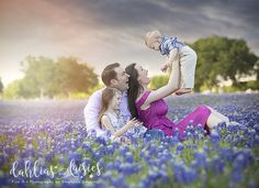 Dallas family in the beautiful bluebonnets, thunderstorm, wind Spring Family Pictures, Family Photos, Couple Photos, Dallas, Blue Bonnets, Photographing Kids, Thunderstorms, Photo Shoots, Daisies