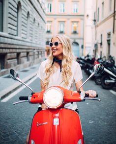 "17 mil curtidas, 161 comentários - Hildegunn Taipale (@hilvees) no Instagram: ""Just having my Lizzie McGuire moment here in Rome... #noshame"""