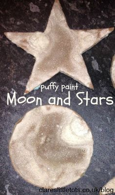 Space Stars Puffy paint moon and stars craft for toddlers and preschoolers. Great for learning about space. - Puffy paint moon and stars. Would also be great for snow and snowman pictures. Preschool Themes, Preschool Crafts, April Preschool, Daycare Crafts, Hey Diddle Diddle, Space Activities, Children Activities, Moon Crafts, Stars Craft