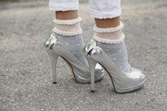 My Fendi heels http://depointeenblanc.com/2014/05/07/my-casual-chic-look/