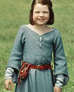 Lucy Pevensie in The Lion, The Witch and The Wardrobe - This would be a sweet summer dress to go running around in!