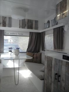 When you love all about traveling, then you should have a caravan to move from one place to another place easily. Caravan with complete interior design in it is not something new anymore but not every Camper Interior Design, Rv Interior, Interior Ideas, Trailer Interior, Interior Office, Caravan Makeover, Camper Makeover, Old Caravan, Retro Caravan