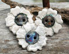 Handmade RAKU White Button Set of 3. Do you see faces also? #buttonlovers