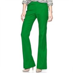 "GAP Modern Boot Green Pants 💚These gorgeous pants are perfect for spring & summer! Brand is Gap. Style is modern bootcut. Colors is ""Extremely Green"". Size is 2R. 30"" waist. 31"" inseam. 100% cotton. Like new condition! Bundle & save 15% on 3+ items💚 GAP Pants Boot Cut & Flare"