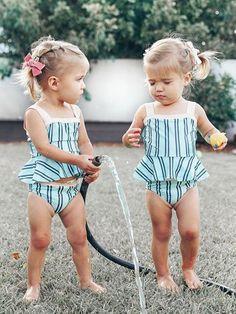 Cute Baby Names, Cute Little Baby, Baby Kind, Cute Baby Girl, Little Babies, Cute Twins, Cute Babies, Twin Girls, Kids Girls