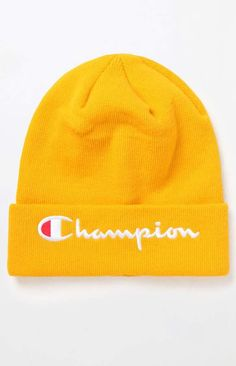 Beanie Outfit - Champion Embroidered C Cuff Beanie Cute Beanies, Kids Beanies, Cute Hats, Beanie Outfit, Knit Beanie Hat, Outfits With Hats, Edgy Outfits, Bennies Hats, Christmas Beanie