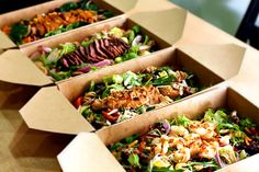 "#Green Bowl in The Hague is a new ""#healthy #fastfood express"" concept: an affordable and healthy takeaway with 18 seats. http://www.horecatrends.com/en/food-beverage/greenbowl-healthy-fast-food-den-haag"