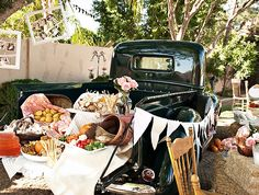 shabby chic tailgate buffet {million dollar $mile celebrations via HWTM}