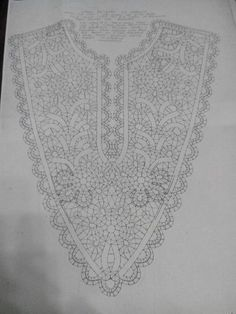 Crochet Yoke, Crochet Collar, Bobbin Lace Patterns, Machine Embroidery Patterns, Simple Embroidery Designs, Romanian Lace, Bobbin Lacemaking, Crochet Clothes, Bruges