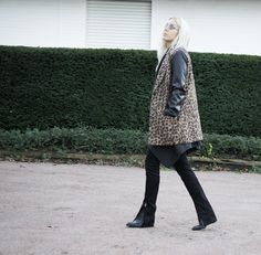 #leo #marcjacobs #acne #lotd #ootd #bloggerstyle #cashmere #flared #layering #boho