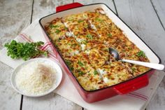 Elizabeth Mindreau's baked pasta with meat sauce and bechamel. Pasta Casserole, Pasta Bake, Casserole Recipes, Greek Cooking, Fun Cooking, Cooking Recipes, Pasta With Meat Sauce, Meat Sauce Recipes, Recipes