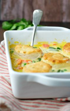 You only need 5ingredients and 5 minutes to make this Dump-and-Bake Chicken Pot Pie Recipe! It's an easy,family-friendlydinner that'sperfect for busy weeknights! Author: The Seasoned Mom Yield: 5 SmartPoints : 8 Nutritional Value : INGREDIENTS 1 (10.5 Oz) can condensed cream of chicken soup (I used Campbell's Healthy Request) 1 cup milk (I used 2%...Read More