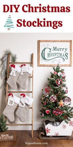Family Christmas Stockings, Christmas Stocking Decorations, Christmas Crafts To Sell, Christmas Stocking Pattern, Holiday Crafts, Christmas Diy, Xmas Stockings, Farmhouse Christmas Decor, Simple Christmas