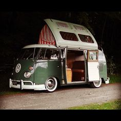 LOVES THE VW CAMPERS