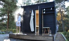 sauna in the yard with black woods exterior along with fantastic shower outside and simply shelving also small stool Saunas, Outdoor Sauna, Outdoor Baths, Outdoor Showers, Mini Sauna, Sauna Shower, Sauna House, Sauna Steam Room, Sauna Room