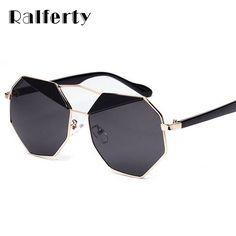 $7.91 (Buy here: https://alitems.com/g/1e8d114494ebda23ff8b16525dc3e8/?i=5&ulp=https%3A%2F%2Fwww.aliexpress.com%2Fitem%2FSL003-1733%2F32665632005.html ) Ralferty Fashion Mirrored Hexagon Sunglasses Women Metal Oversized Sun Glasses Female Black Shades Big Eyewear Oculos SL003 for just $7.91