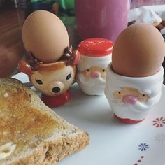 An egg a day...keeps Santa (and my mother in law) happy!  Whats for breakfast in your house?