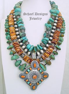 Turquoise jewelry doesn't necessarily have to come in the same color, however. With this jewelry, you have a very large selection of colors within the main turquoise. Western Jewelry, Tribal Jewelry, Turquoise Jewelry, Beaded Jewelry, Resin Jewellery, Navajo Jewelry, Chunky Jewelry, Beaded Necklaces, Statement Jewelry