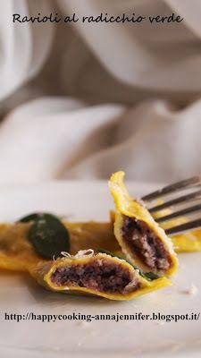 HAPPY COOKING: Ravioli al radicchio verde