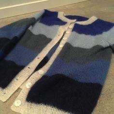 Færdigt arbejde og allerede tager i brug #annasstrikkerier2018 #sorbetcardigan #tiliamohair Cardigans, Sweaters, Sorbet, Knitting Projects, Knits, Knitwear, Photo And Video, Instagram, Fashion