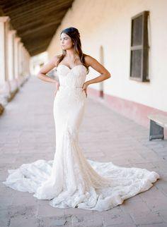 Styling + Design: Joy Proctor Design - www.joyproctor.com Wedding Dress: Inbal Dror - http://www.stylemepretty.com/portfolio/inbal-dror-3 Photography: Jose Villa Photography - josevillaphoto.com   Read More on SMP: http://www.stylemepretty.com/2016/07/19/stylish-california-elopement-inspiration/