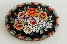 VINTAGE-ITALIAN-MICRO-MOSAIC-LARGE-BROOCH-PIN-intricate-floral-old-antique