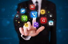 #Smartphone #Futur #Innovation A quoi ressemblera le smartphone du futur ? Flexible, autonome, transparent... Découvrez la réponse ici : http://www.comparedabord.com/blog/telephonie-et-internet/quel-avenir-pour-le-smartphone