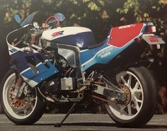 custom from Japan. Suzuki Bikes, Suzuki Gsx, Custom Street Bikes, Custom Bikes, Hello Kitty Gun, Gsxr 1100, Jet Skies, Cafe Racer, Cool Motorcycles