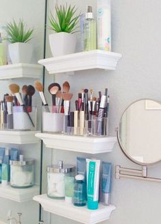 35 cool small bathroom storage organization ideas