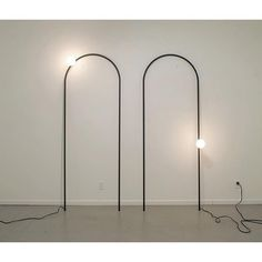 Sterling Lawrence, Arch Lamps (2013).