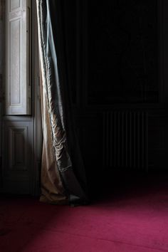 'Curtain', an abandoned chateau in France by Le Luxographe